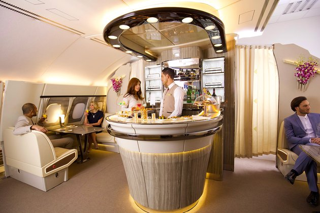 А380 Onboard Lounge
