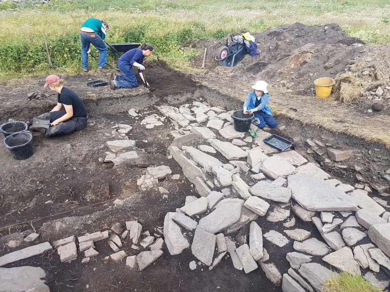 Skaill-Norse-Hall-exposing-more-of-the-northern-wall-credit-UHI-Archaeology-Institute.jpg