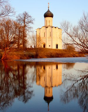 Храм на воде.Temple on water.