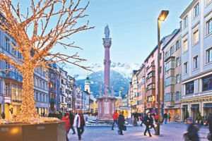 Innsbrucks christmas markets A combination of city walk and sparkling light  - 8.jpg