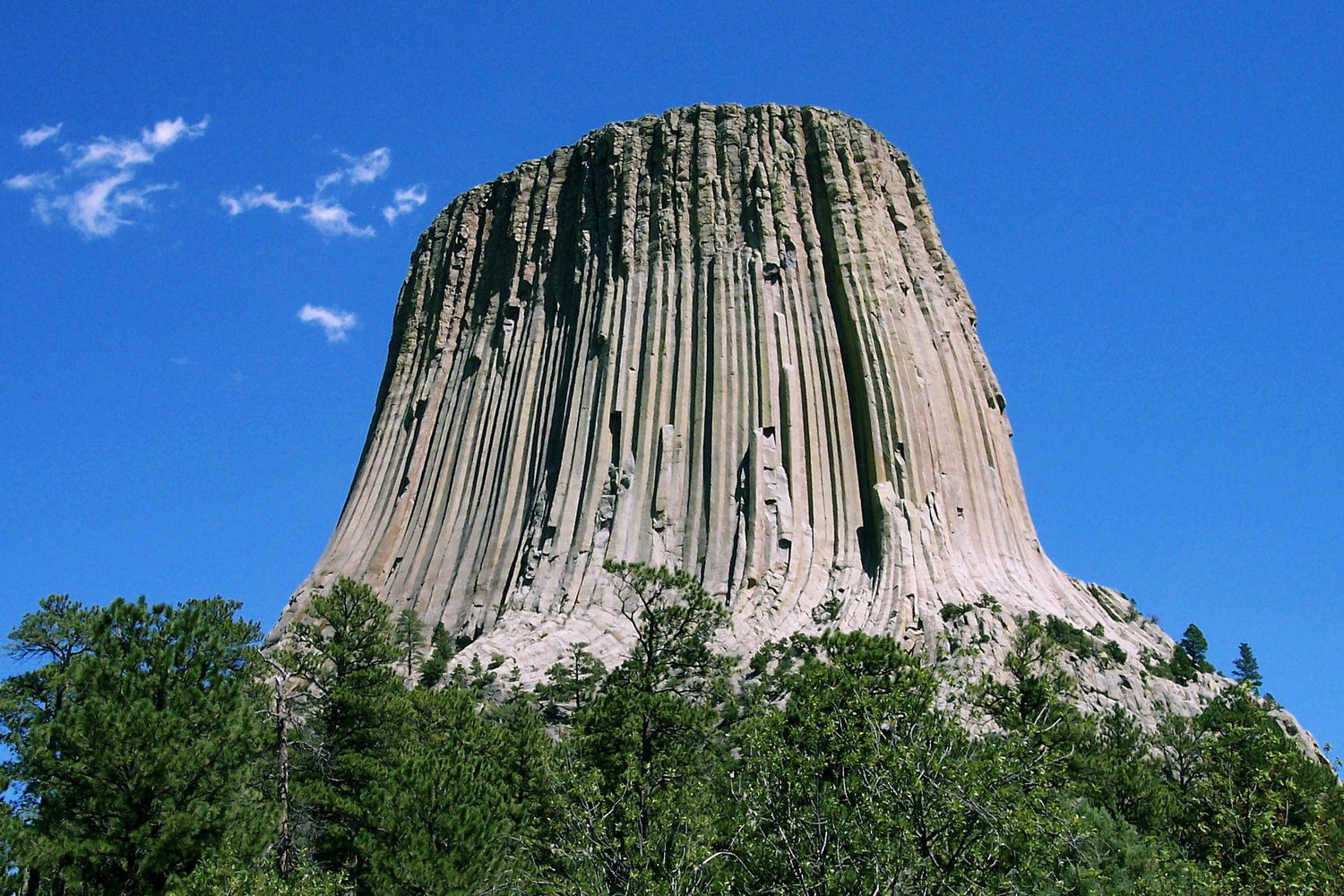 Devils_Tower_CROP.jpg